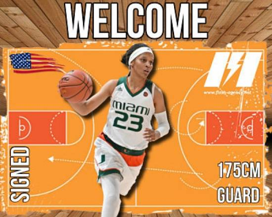 Adrienne Motley has signed with Flash Agency